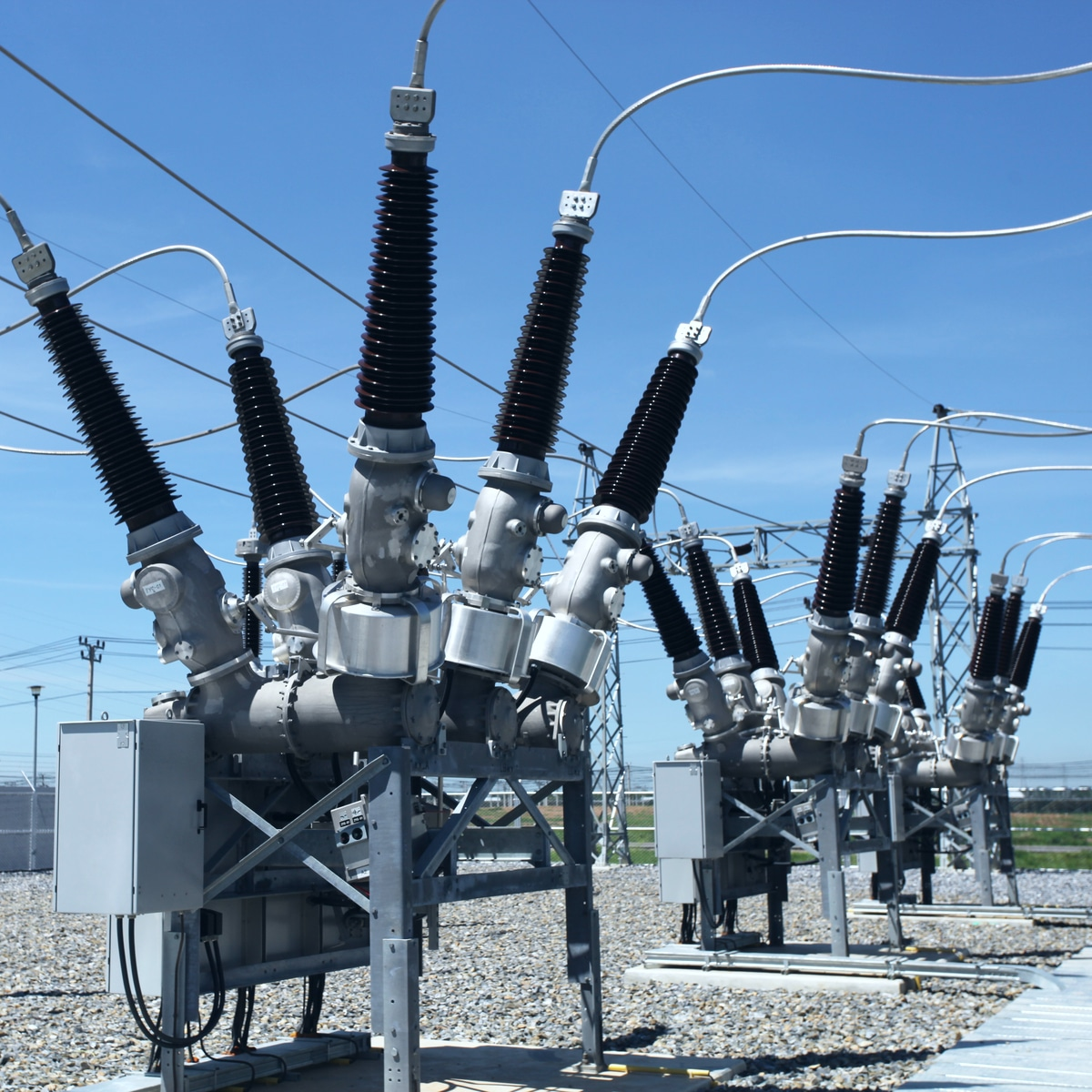 Vgg systems   High Voltage, PV Solar, Microgrids, Charging Infrastructure